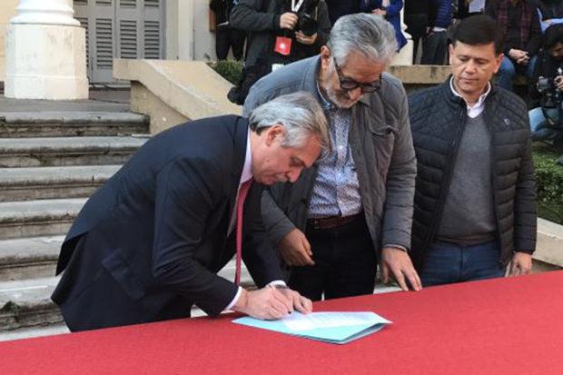 Si ganan los Fernández San Luis no reclamará la deuda con la Nación, lo firmó Rodríguez Saá