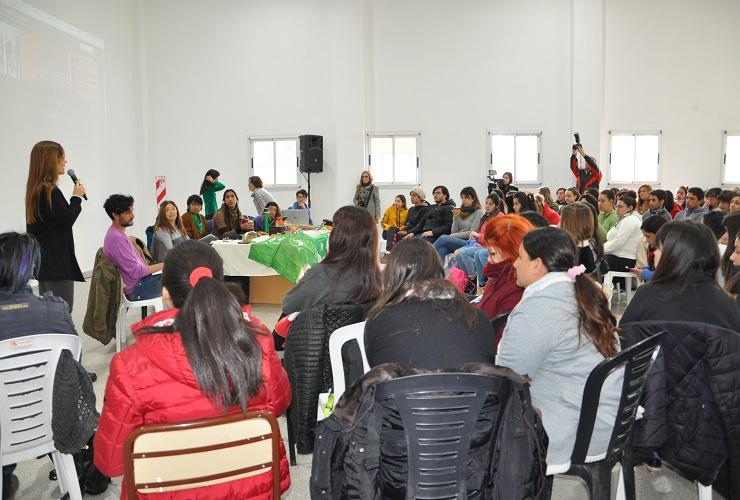 Más de 200 personas participaron de la 1ª Jornada de Visibilización y Erradicación de las Violencias contra las Mujeres