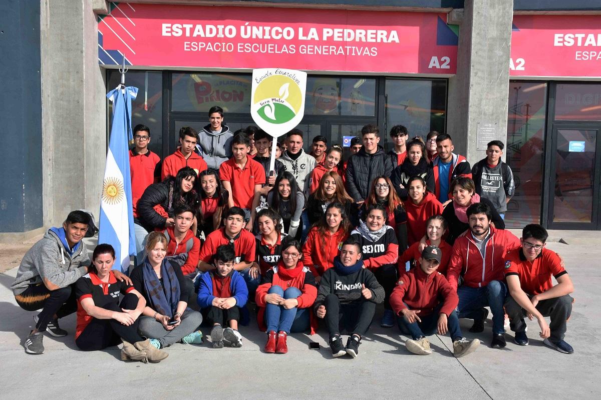 """Un trabajo práctico de la escuela generativa """"Terra Mater"""" se suma a la concientización ambiental"""