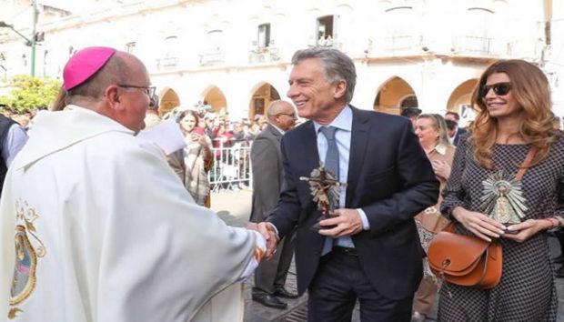 """Macri dijo que fue a Salta para """"rezar como uno más por el futuro de todos los argentinos"""""""