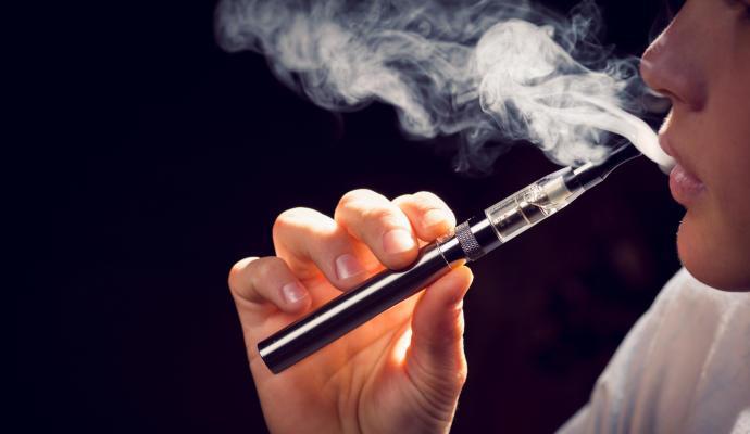 El 7% de los adolescentes de entre 13 y 15 años consume cigarrillos electrónicos
