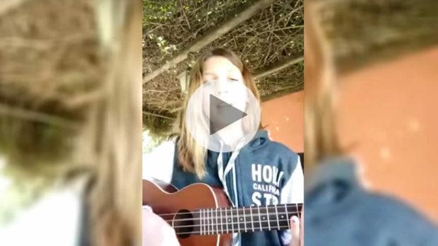 """Una niña difundió un video para pedir justicia: """"Que no muera ni una más, qué tan fuerte hay que gritar"""""""