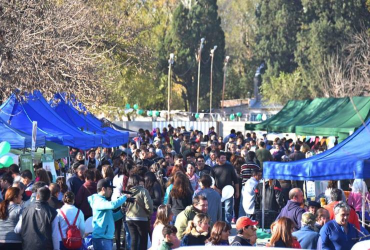 El Parque Costanera Río Quinto recibe a la Feria de Pequeños y Medianos Productores
