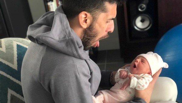 La tierna foto de Facundo Campazzo con su hija recién nacida