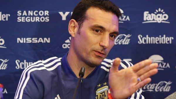 """Scaloni: """"En cierto modo, Uruguay es más difícil que Brasil"""""""