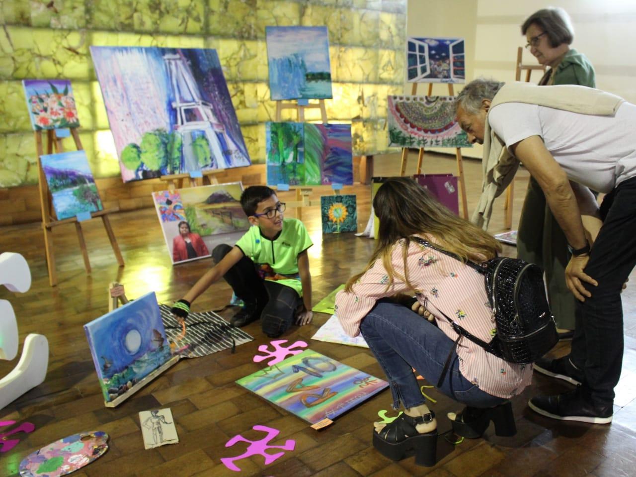 """La Escuela """"Veneciana de Arte"""" realizó su muestra anual en el """"Molino Fénix"""""""