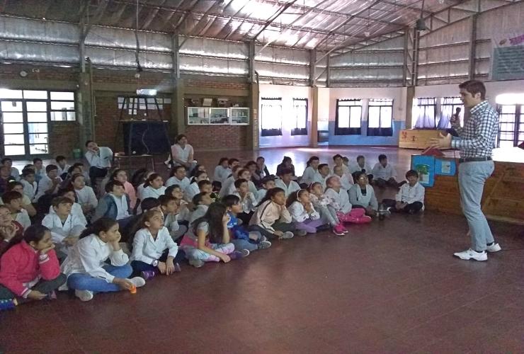 """Estudiantes de la Escuela """"Córdoba"""" aprendieron sobre reciclado de residuos"""