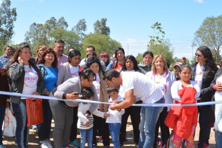 Tamayo inauguró la plaza Divino Niño, un nuevo espacio de integración y juegos