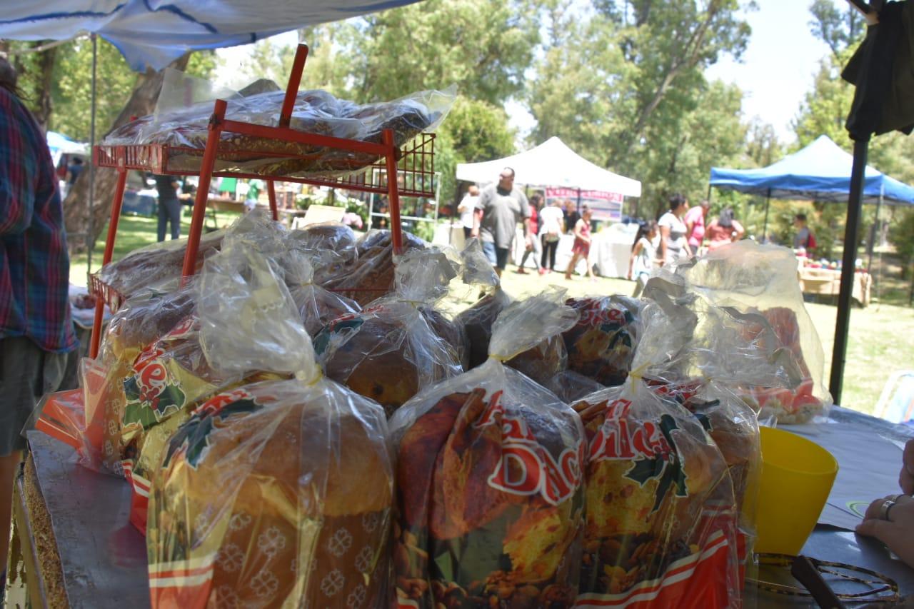 Comenzó la Feria de Pequeños y Medianos Productores en el Parque Costanera Río V