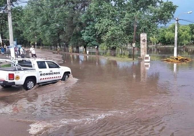 La intensa lluvia en Traslasierra provocó crecida en los ríos