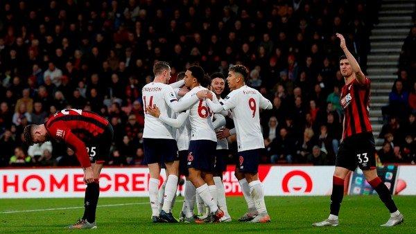 Liverpool, imparable: sumó su séptima victoria al hilo y manda cómodo en la Premier League
