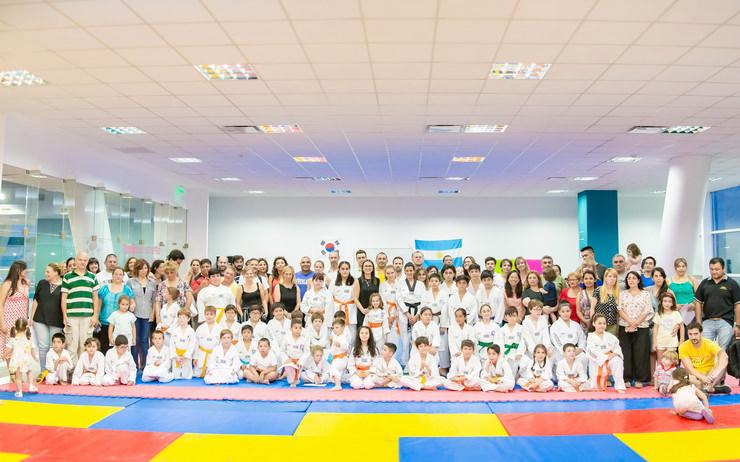 Taekwondo: los pequeños deportistas del Campus fueron graduados