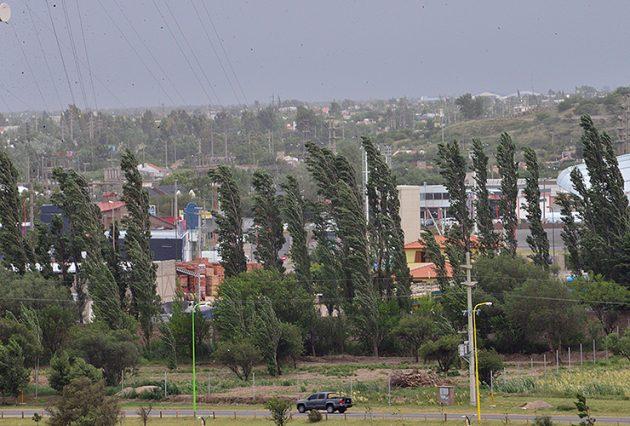 Para toda la provincia: emiten un alerta por vientos fuertes