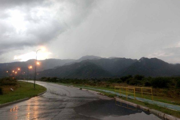 Las nubes y lluvias cubrieron el norte puntano y se extenderán a toda la provincia durante el fin de semana