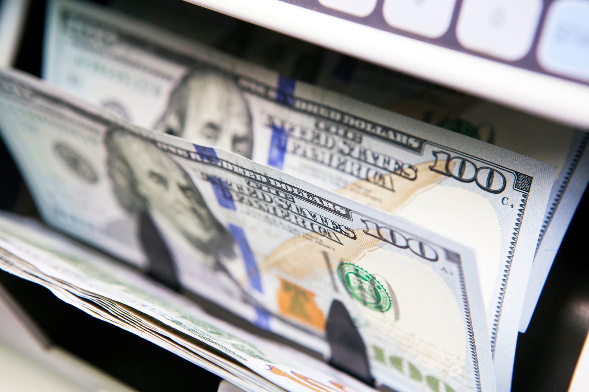 Se consolida encima del 30% la brecha cambiaria