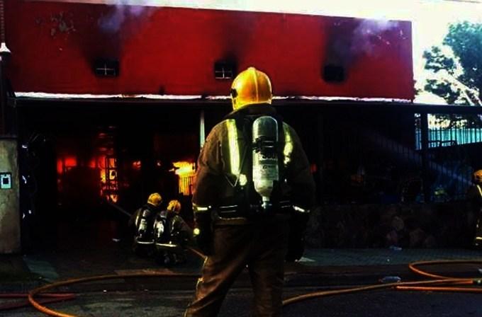 Villa de Merlo: Más de 120 bomberos abocados para controlar un incendio