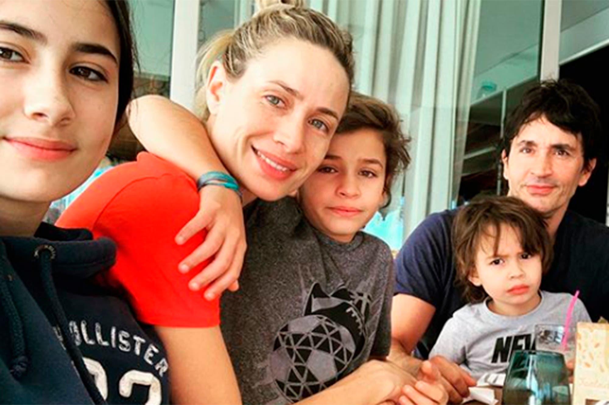 Tras sufrir graves quemaduras, Sebastián Estevanez se mostró junto a su familia