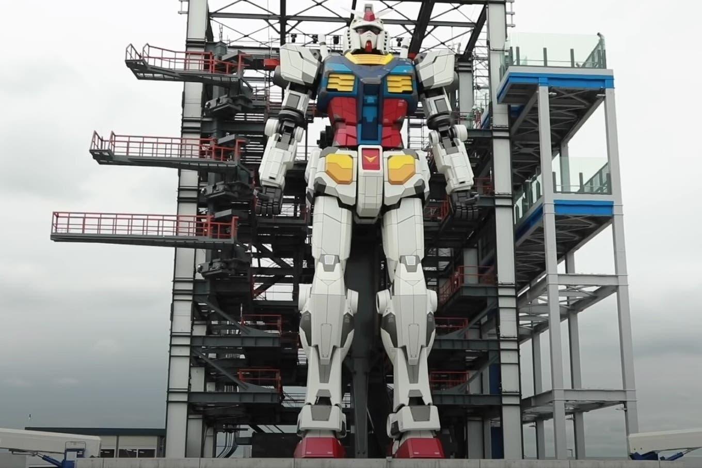 El robot Gundam de Yokohama ya muestra cómo camina desde sus 18 metros de altura