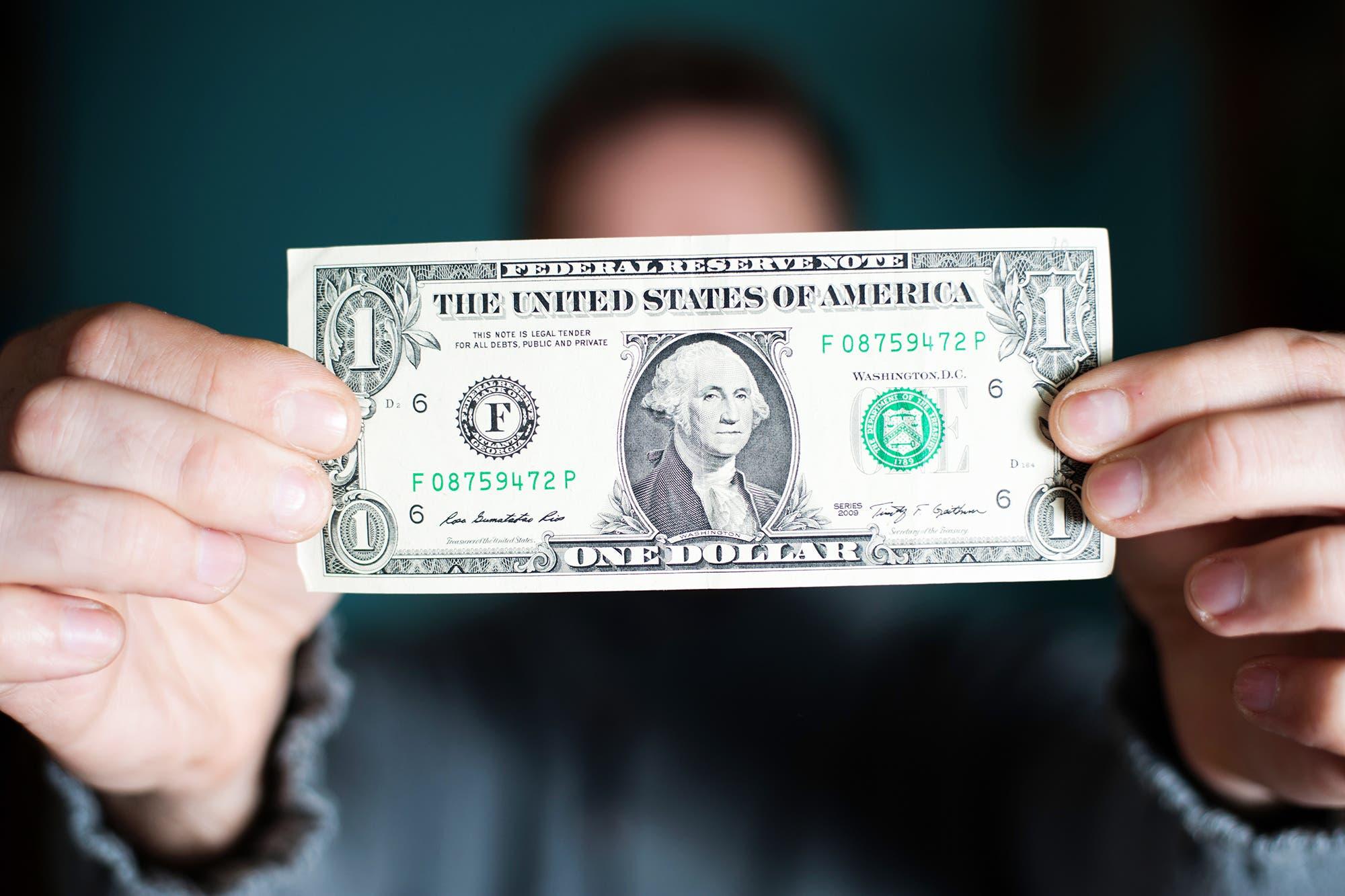 Dólar hoy: la sigla que es furor entre quienes quieren dolarizarse en pleno cepo