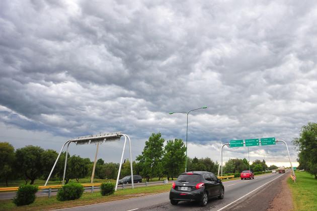 Pronóstico del tiempo: llega un fin de semana lluvioso