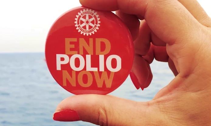 El Hito del Bicentenario se ilumina con los colores que simbolizan la campaña para erradicar la Poliomielitis