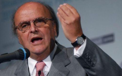 """José De Mendiguren: """"A la oposición la cuelgan de los pulgares y no se les cae una idea"""""""