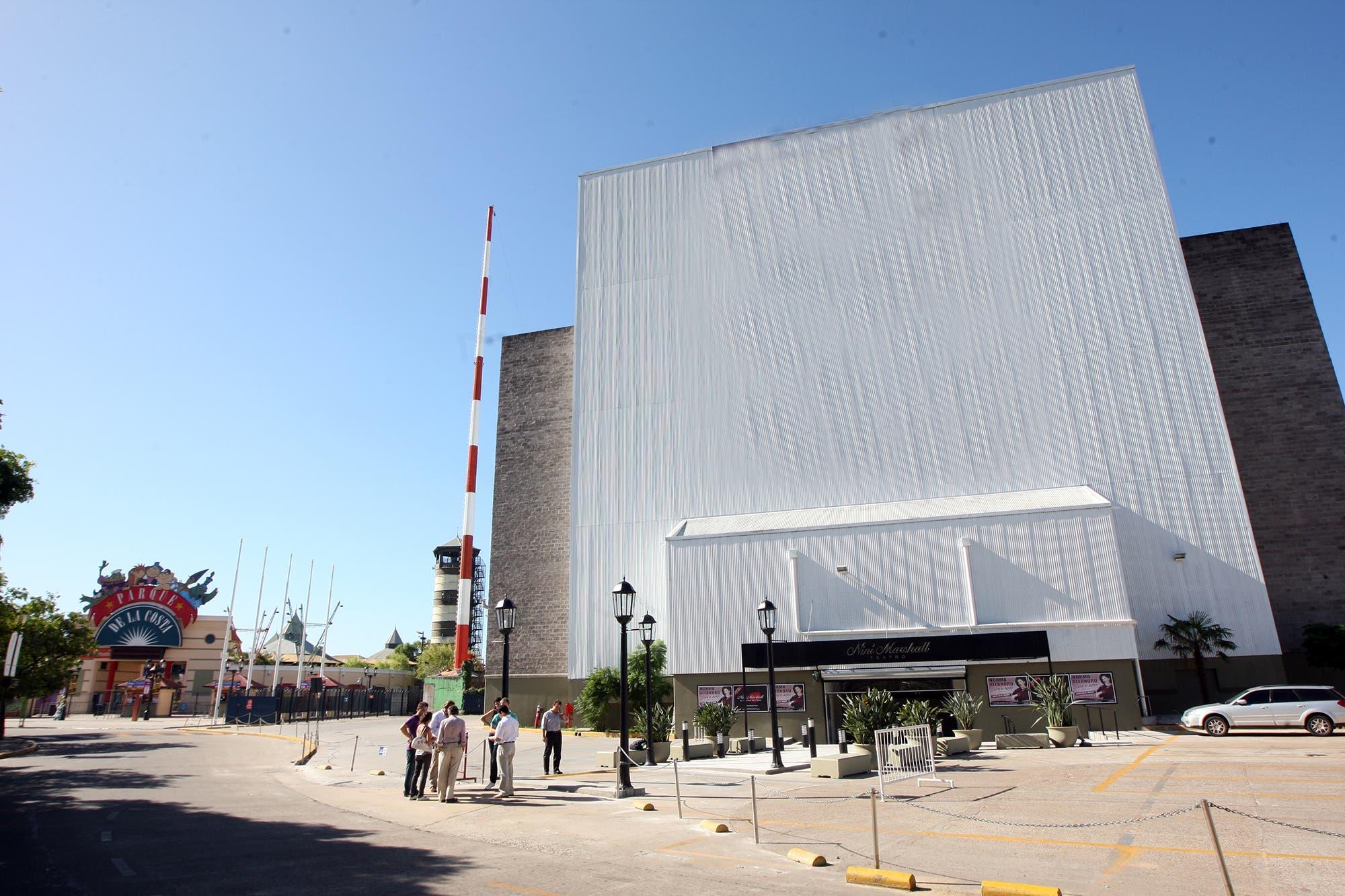 Tigre: por el cierre del Parque de la Costa, peligra la continuidad del teatro Niní Marshall