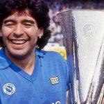 """Nápoles prepara """"el aplauso más grande de la historia"""" para despedir a Maradona"""