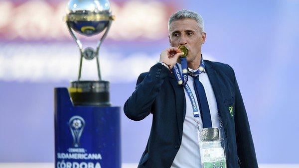Hernán Crespo, el DT que confió en los futbolistas olvidados y les devolvió la esperanza para ser campeones