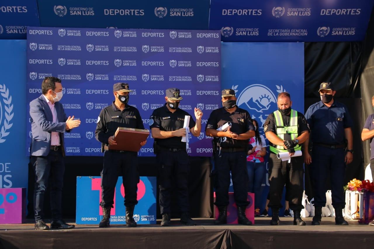 """la-facpyr-y-la-ucra-reconocieron-el-trabajo-de-la-policia-de-la-provincia-""""por-ser-unico-en-argentina"""""""