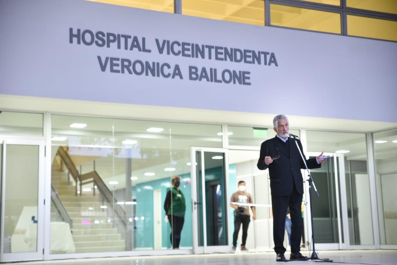 """el-gobernador-inauguro-el-hospital-""""viceintendenta-veronica-bailone""""-que-cuenta-con-un-sector-de-terapia-intensiva"""