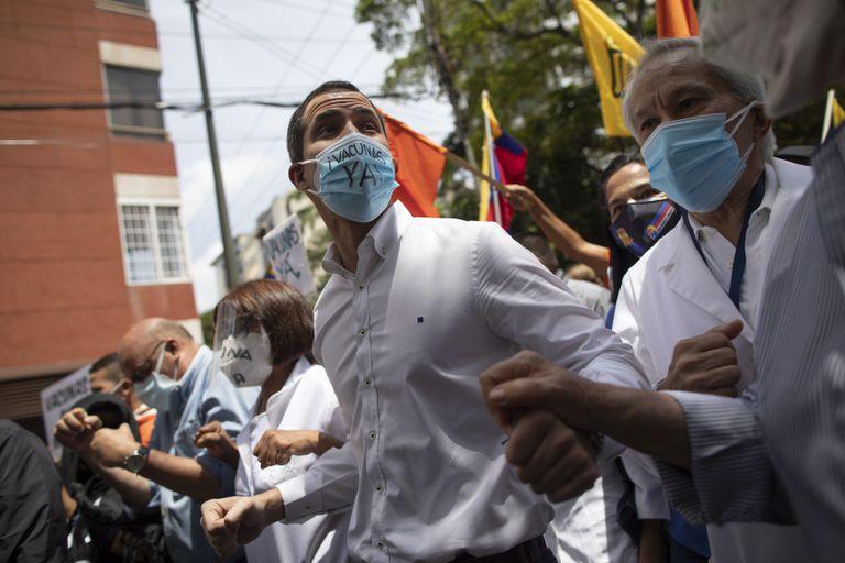 guaido-pide-un-pacto-de-salvacion-nacional-y-se-abre-a-una-negociacion-con-el-chavismo