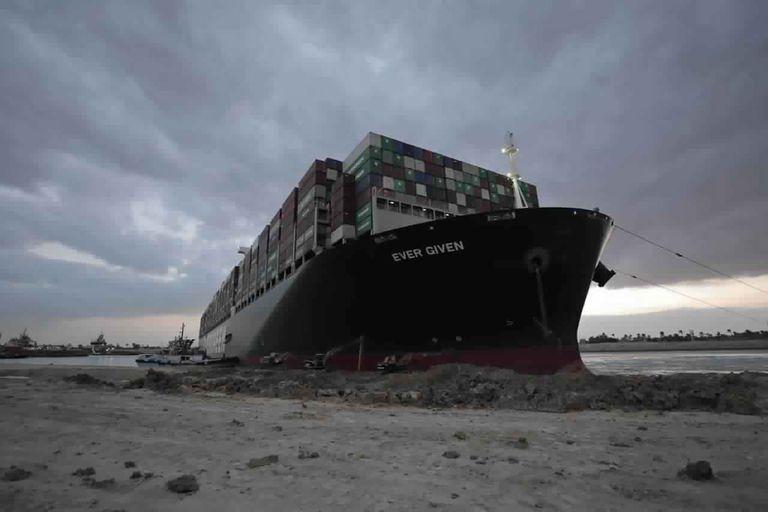 tribunal-aplaza-causa-contra-buque-carguero-en-egipto