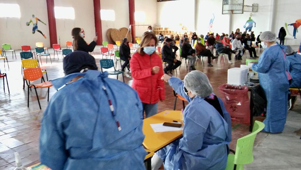 la-vacunacion-contra-el-coronavirus-siguio-este-domingo-en-villa-mercedes,-justo-daract,-san-francisco,-concaran-y-la-toma