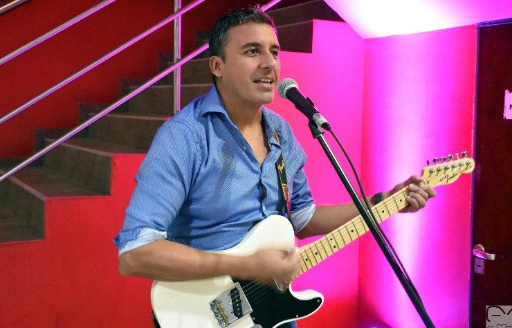 talleres-virtuales-de-guitarra-en-el-centro-cultural-puente-blanco