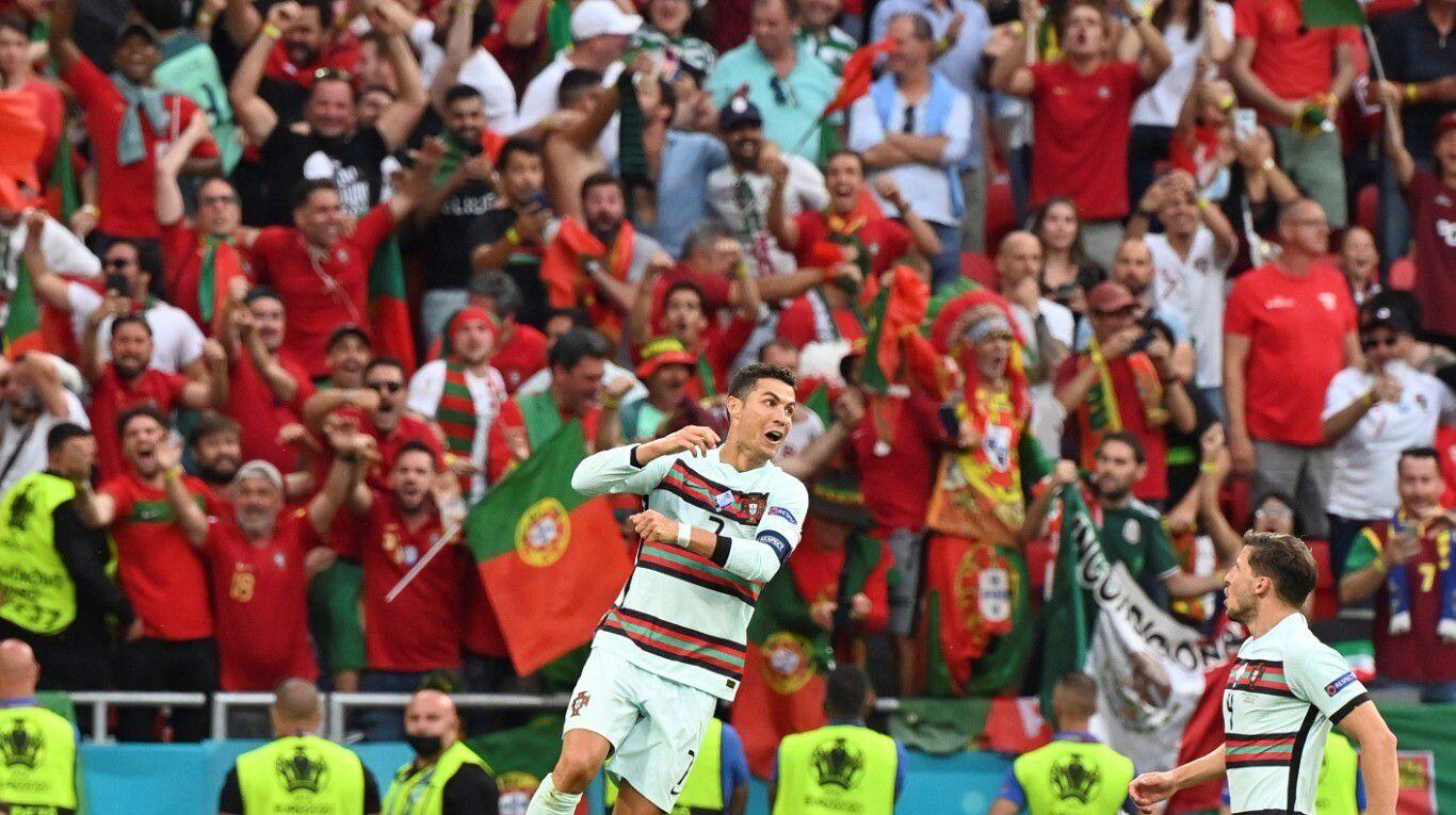 como-en-los-viejos-tiempos:-mas-de-60.000-hinchas-estuvieron-en-un-estadio-para-disfrutar-de-los-goles-de-cristiano-ronaldo