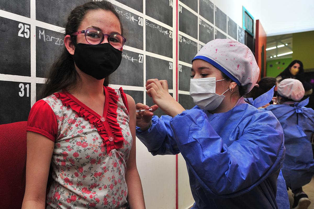 """emotivo-operativo-de-vacunacion-en-la-escuela-provincial-de-equinoterapia-""""terrazas-del-portezuelo"""""""