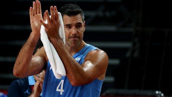 luis-scola,-inmenso:-messi,-delpo,-sabatini-y-lucha-aymar-despidieron-al-simbolo-del-basquet-argentino