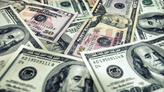 dolar:-estabilidad-tras-otra-jornada-muy-complicada-en-los-mercados